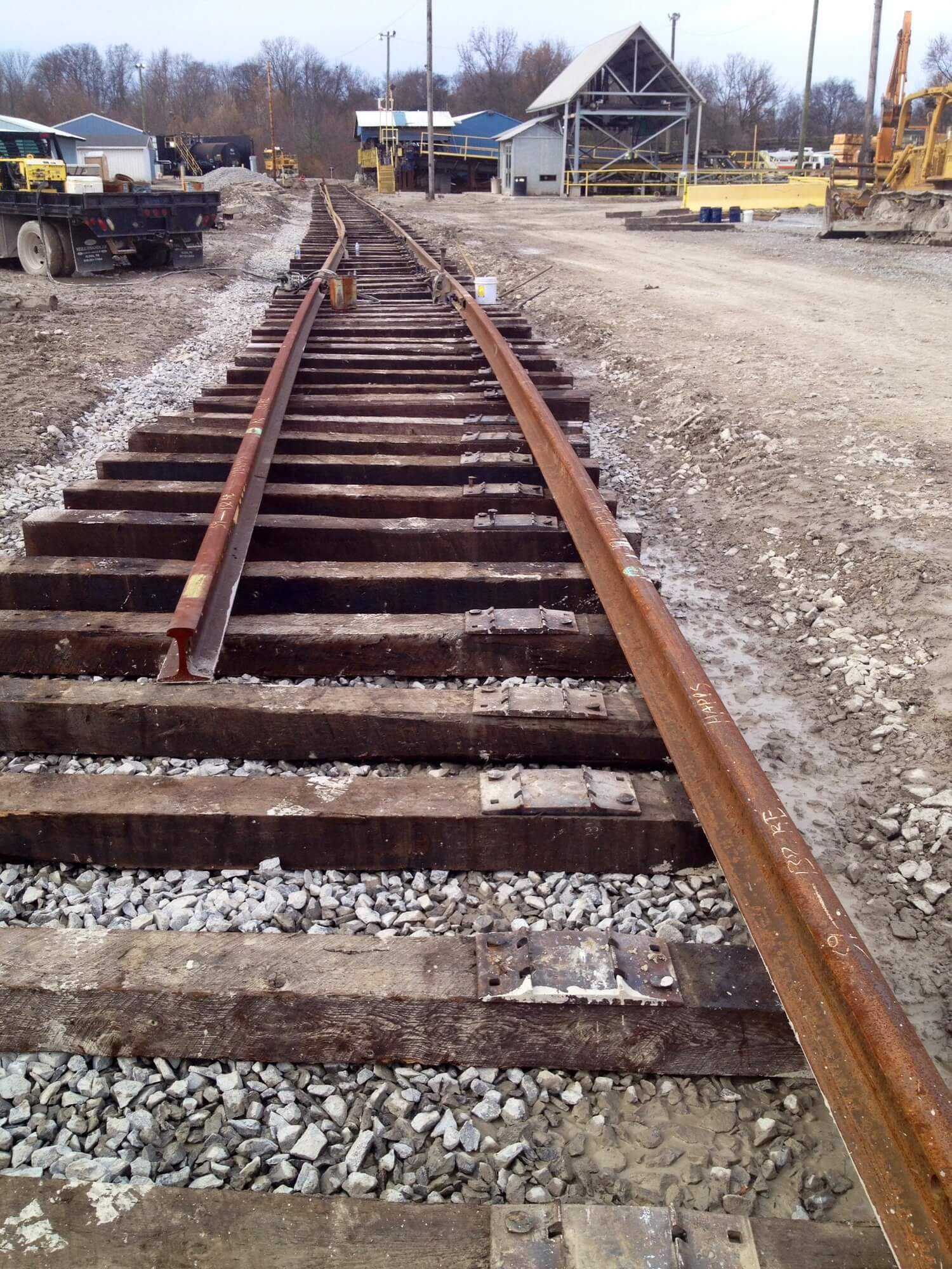 railroad-work-the-source-of-materials-at-rail-yard-studios-1-.original.jpeg